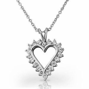 Jewelry - Heart Pendant Necklace Sparkling 4 Ct Round Cut Di